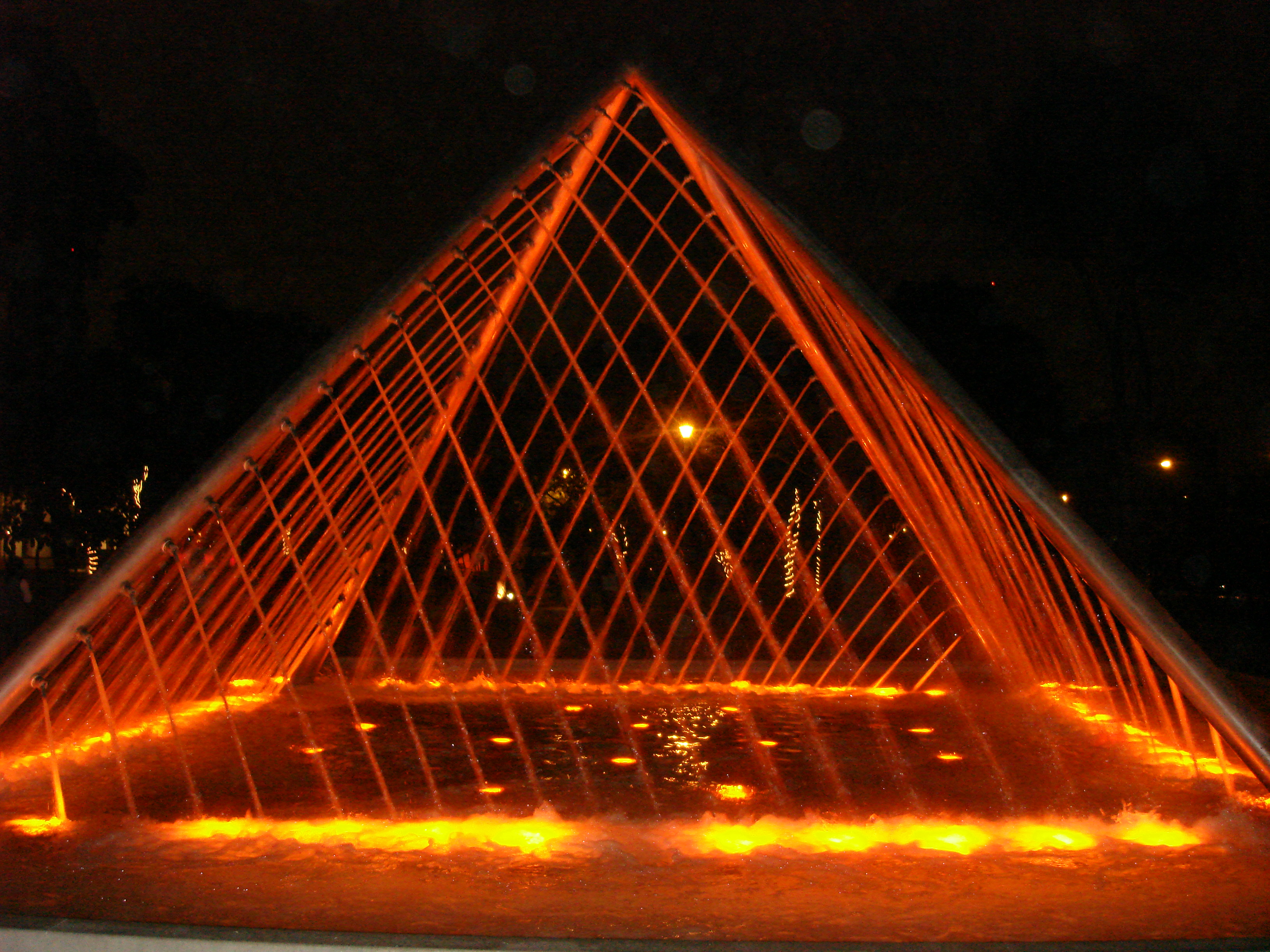Water fountains lima - Fuente De La Armonia Which Translates Into The Fountain Of Harmony Is A Water Fountain In The Shape Of A Pyramid It Looks Like Those Lasers From James